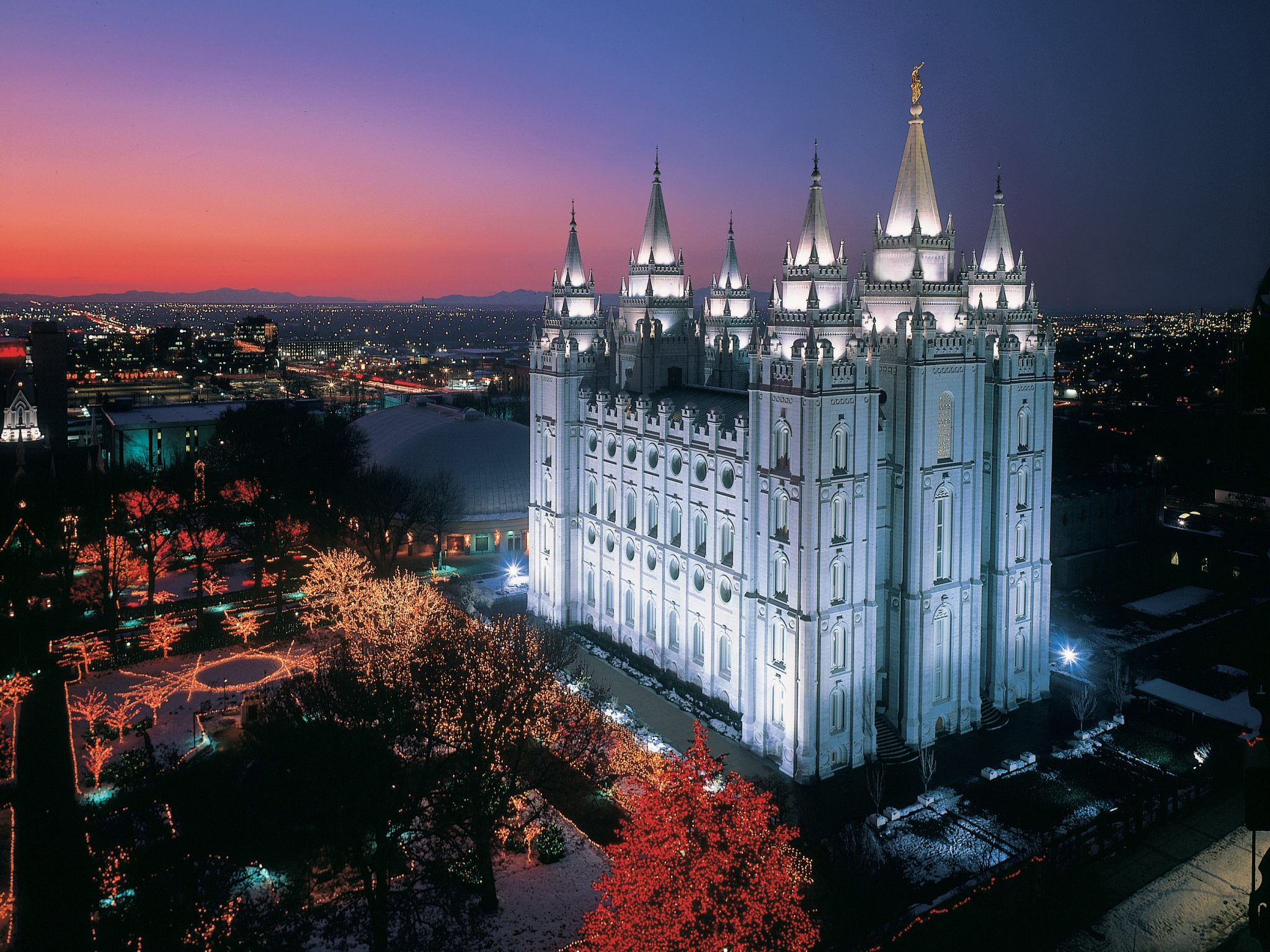 It S Not Christmas Without A Temple Square Visit